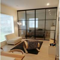 Formaloft Home  ruutulasiseinä -rakennelma