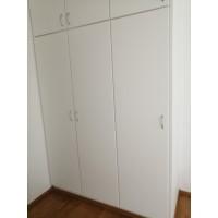 Maalattu valkoinen MDF kaapin ovi. Hintalaskuri. Kotimainen tuote.
